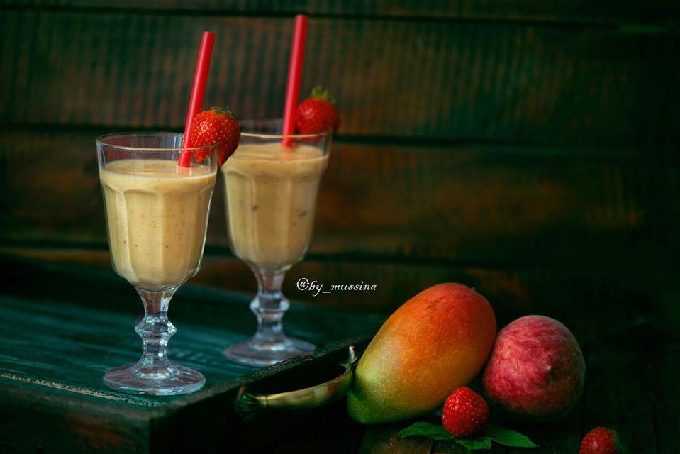 #fruit #strowberry #blackberry #astana #kazakhstan #sweet #goodday #mango #smooze #smoozi