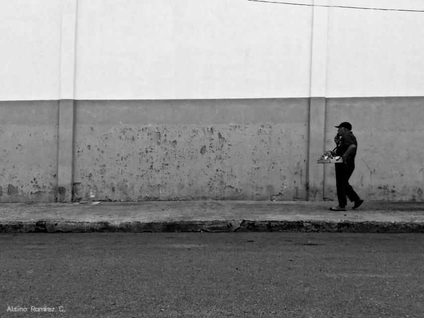 Cigarrillero...  #blackandwhite #photography #bnw #street #streetphotography