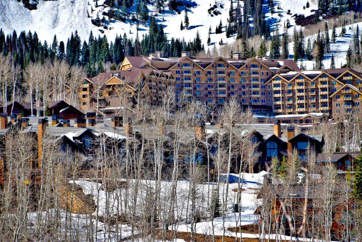 #landscape,#ski,#resort,#architecture,#winter,#freetoedit